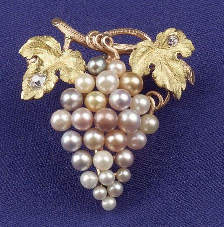 Antique Bicolor 14kt Gold, Seed Pearl and Diamond Pendant/Brooch