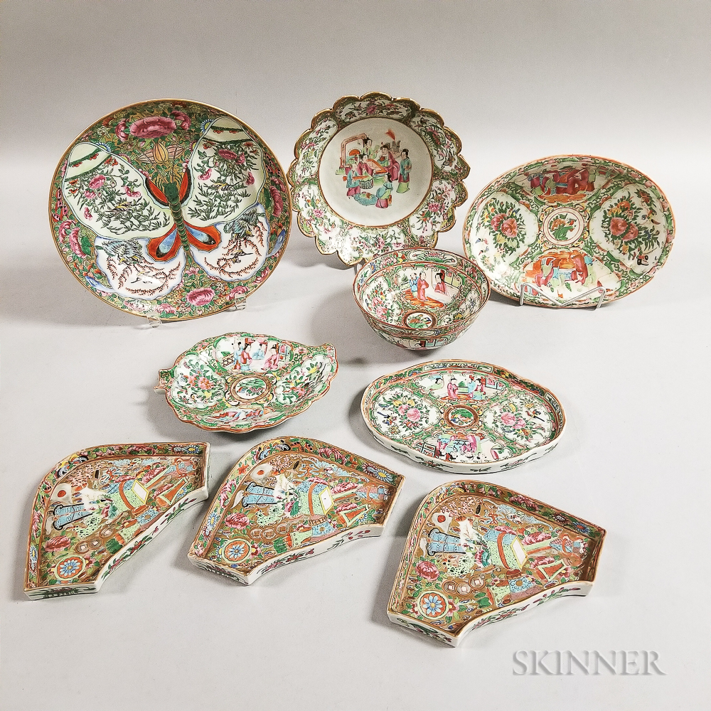 Nine Rose Medallion Export Porcelain Table Items