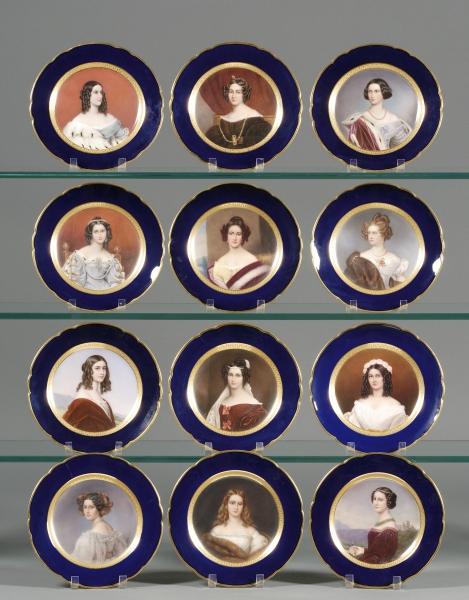 Fine Set of Twelve German Painted Porcelain Portrait Cabinet Plates