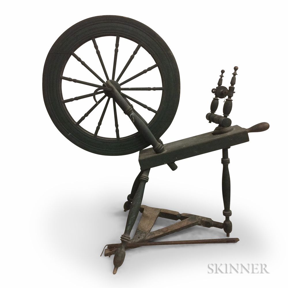 Green-painted and Turned Wood Spinning Wheel