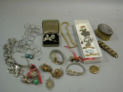Thirty-eight Pieces of Assorted Late 19th and 20th Century Jewelry