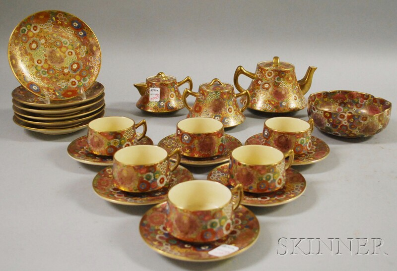 Twenty-two-piece Japanese Satsuma Tea Set.