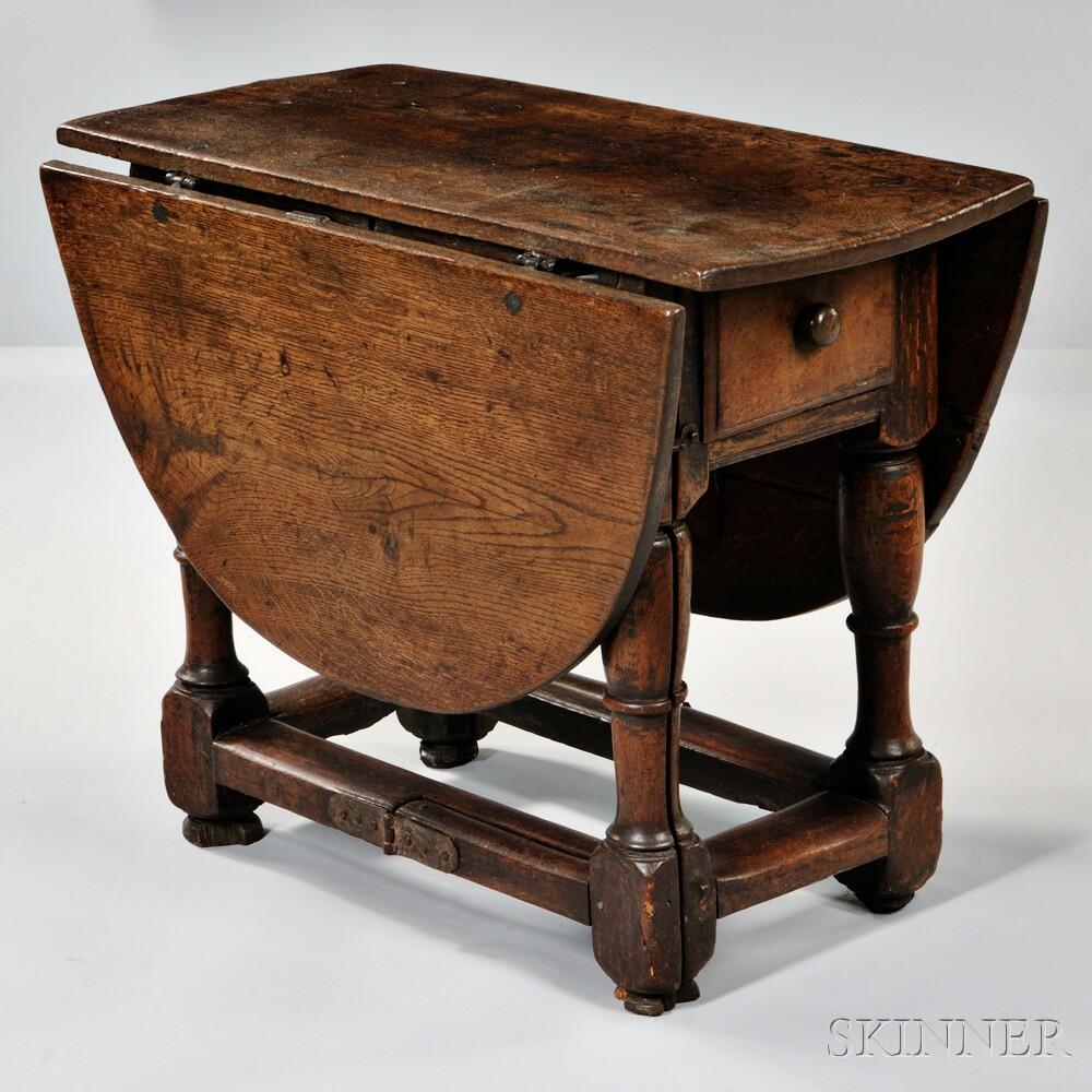 Elizabethan-style Oak Drop-leaf Table