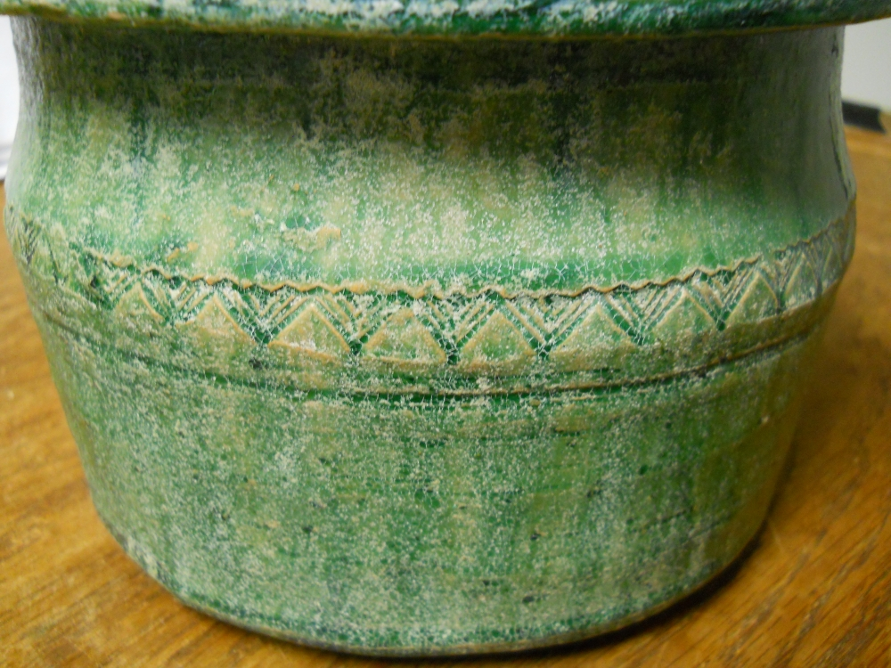 Green-glazed Pottery Well-head