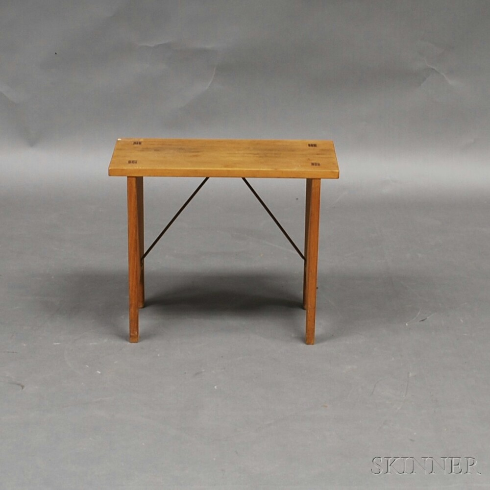 Small Reproduction Shaker Bench