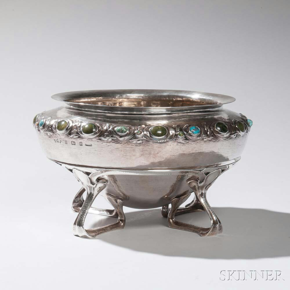 """Liberty & Co. """"Cymric"""" Sterling Silver Bowl on Stand"""