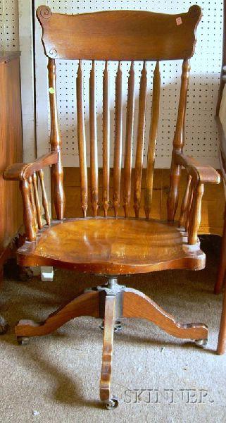 Late Victorian Oak Tilting Swivel Desk Armchair.