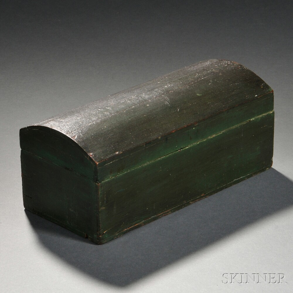 Shaker Small Green-painted Dome-top Box