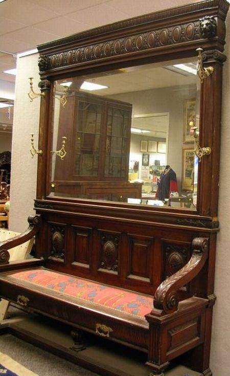 Late Victorian Renaissance Revival Carved Mahogany Mirrored Hall Bench