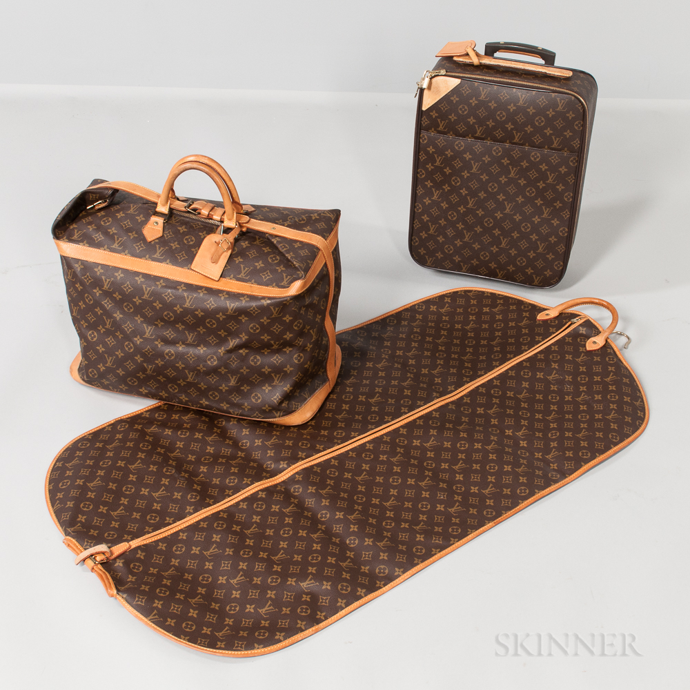 Three-piece Suite of Louis Vuitton Luggage