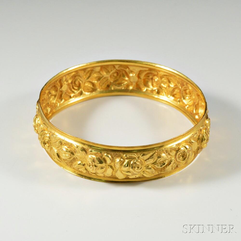 22kt Gold Hand-hammered Floral Bangle