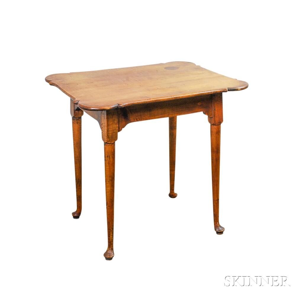 Queen Anne-style Tiger Maple Porringer-top Tea Table