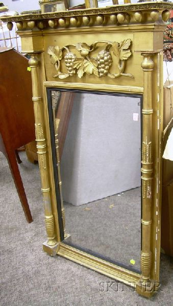 Federal Giltwood and Gesso Tabernacle Mirror