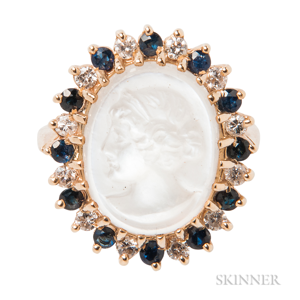 14kt Gold and Moonstone Cameo Ring