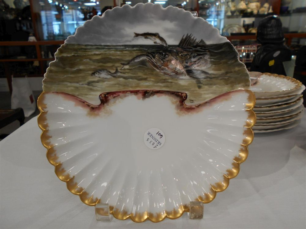 Thirteen piece rutherford b hayes presidential fish for Piece of fish