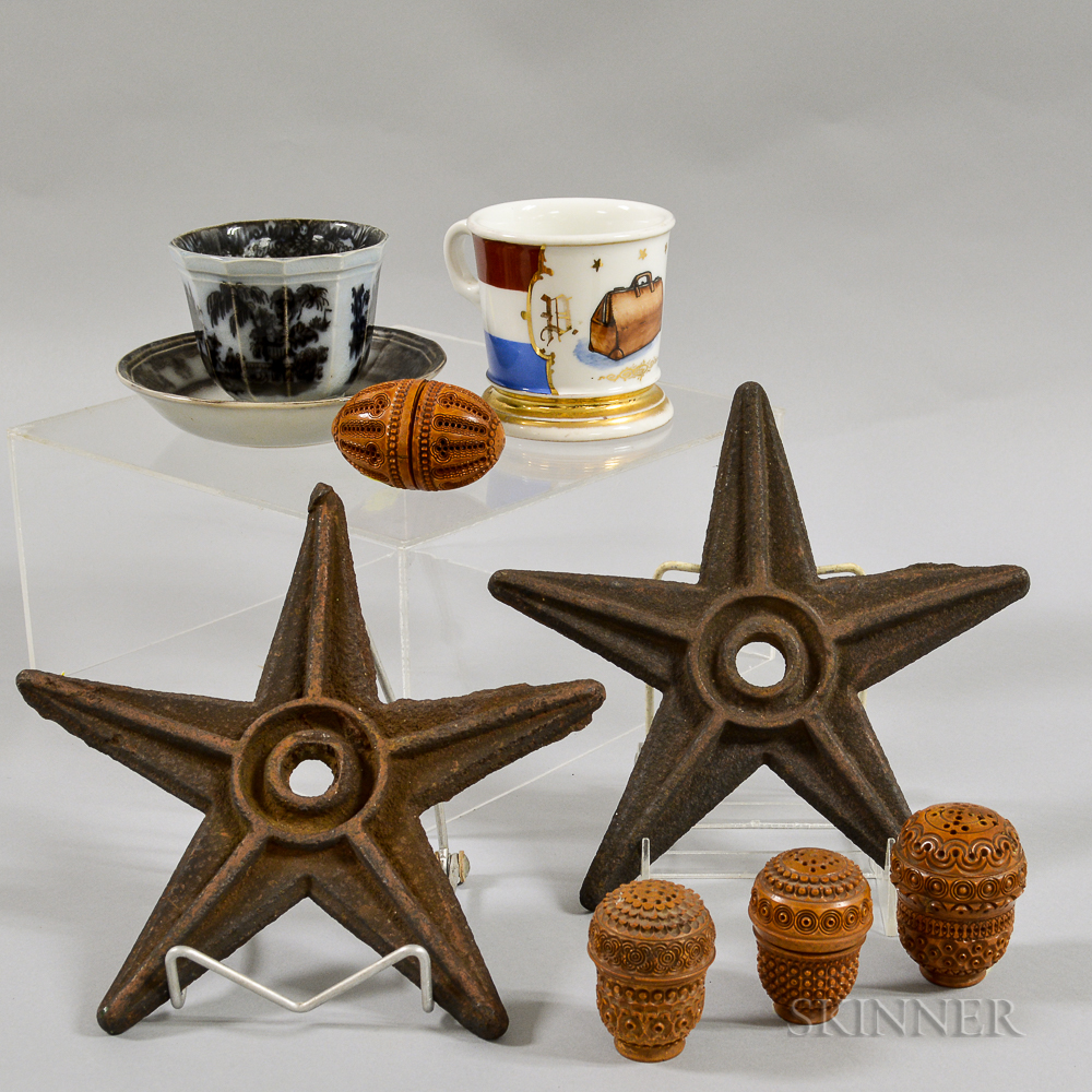 Small Group of Decorative Items