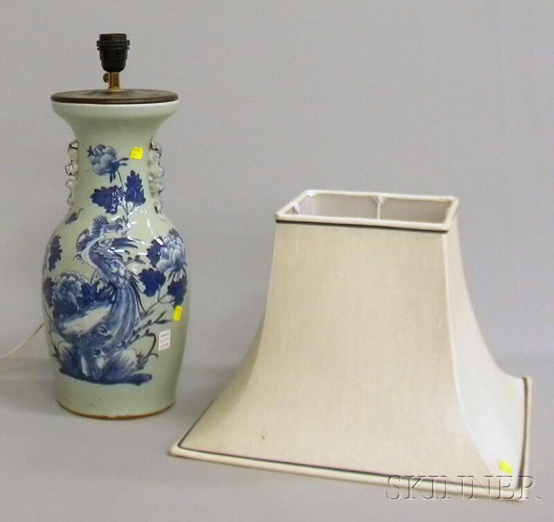 Chinese Blue and White-decorated Celadon Glazed Porcelain Vase/Table Lamp
