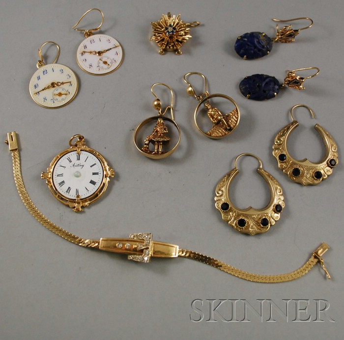Small Group of Gold JewelrySmall Group of Gold Jewelry