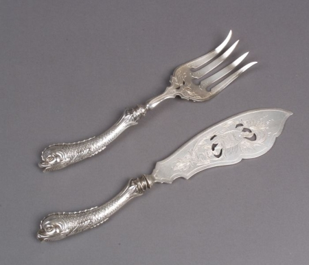 German .800 Fine Silver Fish Serving Set with Dolphin Handles.