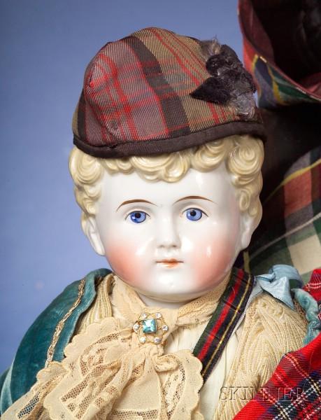 China Shoulder Head Boy in Scottish Dress
