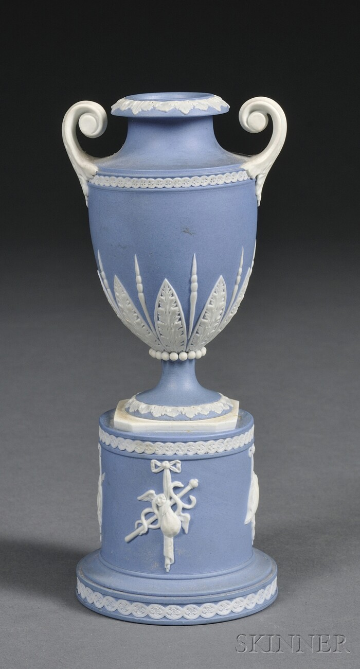 1000 images about wedgwood on pinterest vase cameo