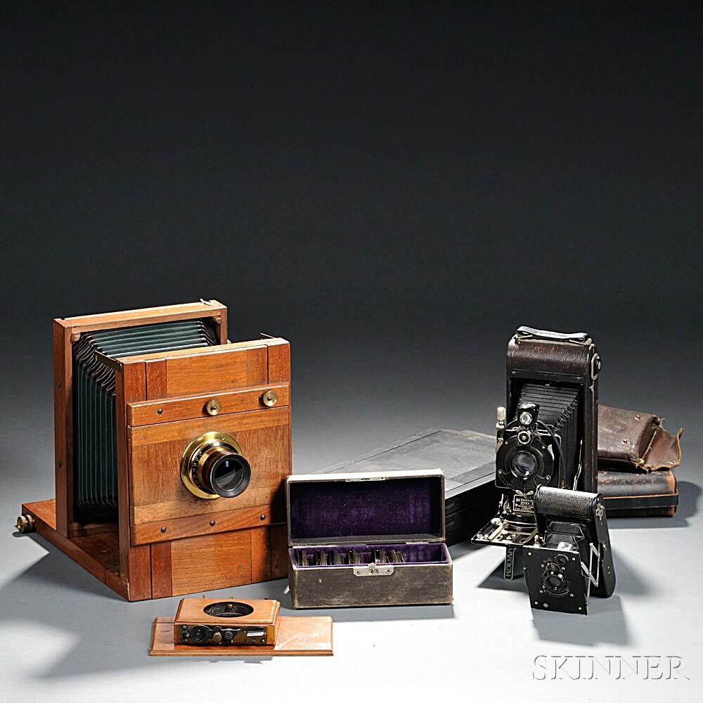 Lens Casket Set and 5 x 7 Dry Plate Camera