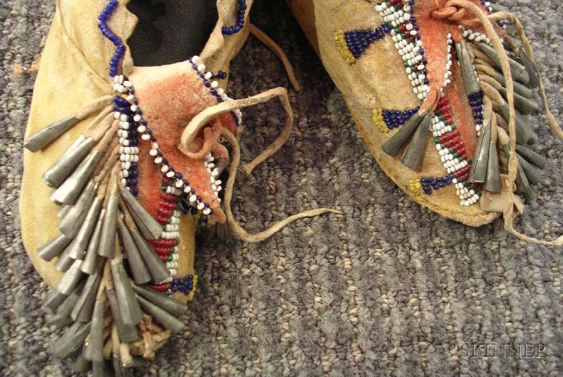Southwest Beaded Hide Child's Moccasins