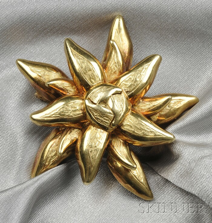 18kt Gold Flower Brooch, Tiffany & Co.