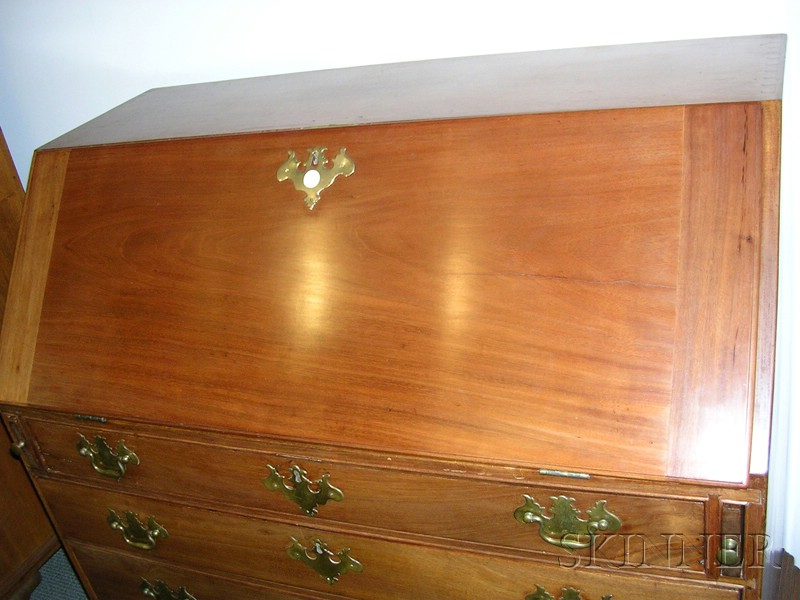 Chippendale Mahogany Carved Slant-lid Desk