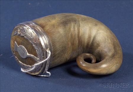 Scottish Silver Mounted Horn Snuff Mull