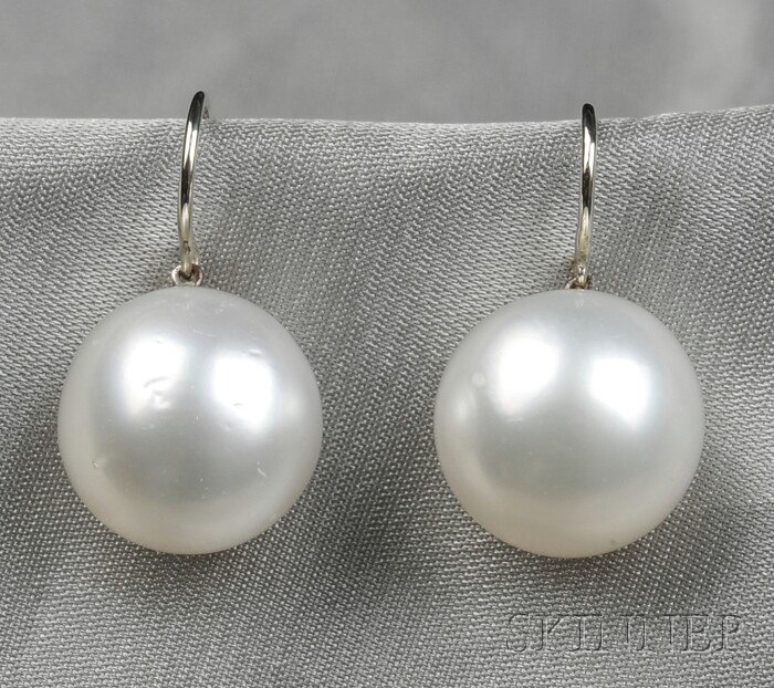 South Sea Pearl Earpendants