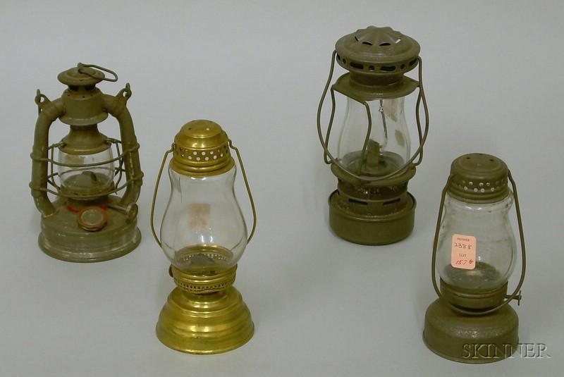 Four Small Lanterns