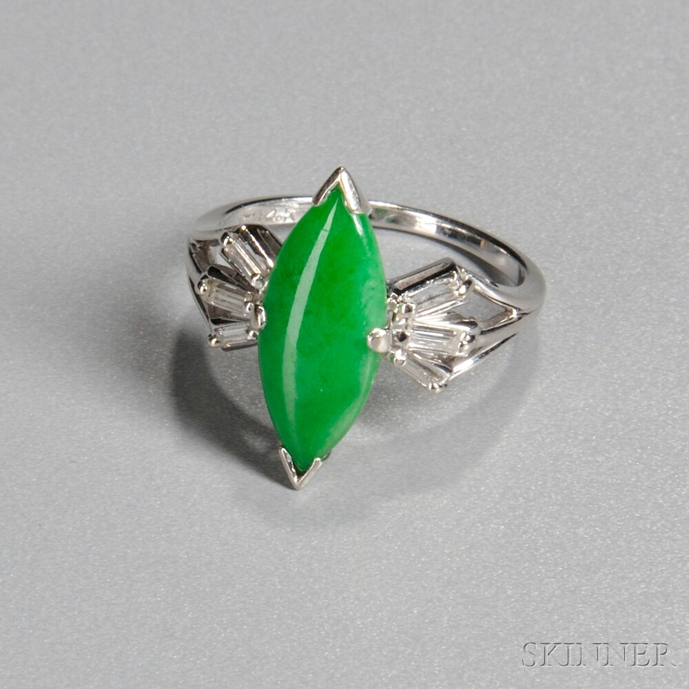 Jade and 14kt White Gold Ring