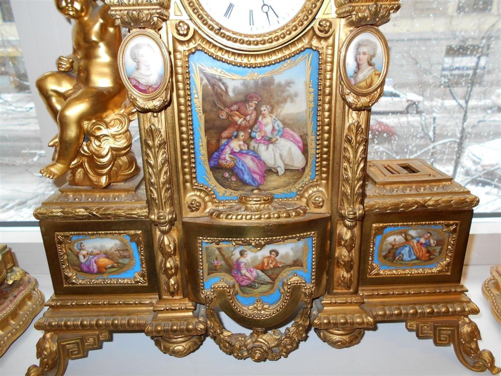 Assembled Porcelain-mounted Gilt-bronze Clock Garniture