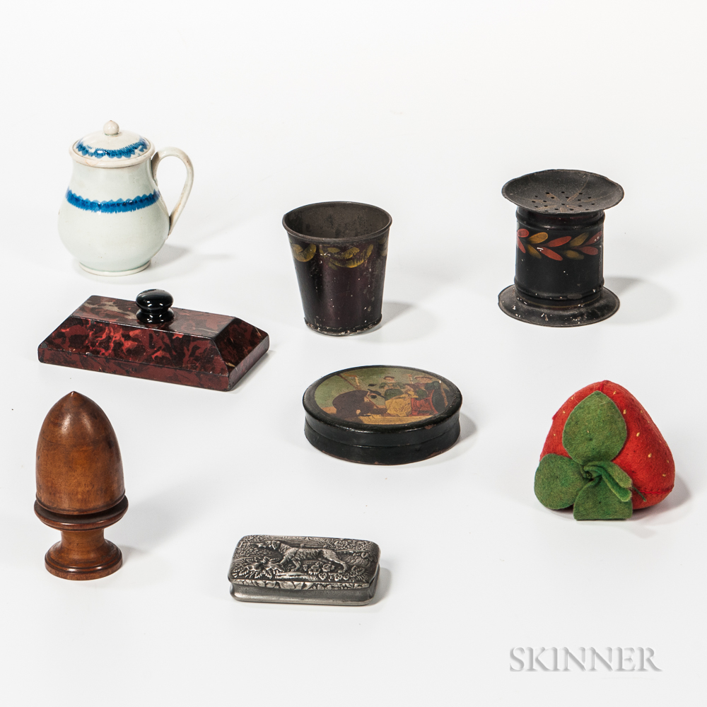 Group of Small Domestic Items