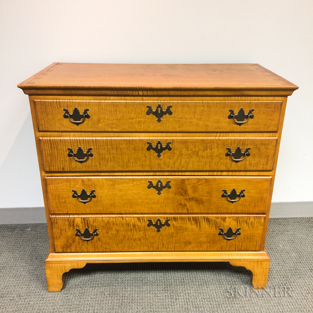 Eldred Wheeler Chippendale-style Tiger Maple Chest of Drawers