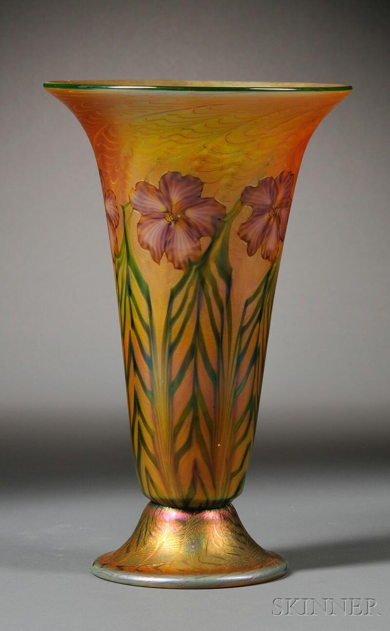 Lundberg Studios Bell Vase