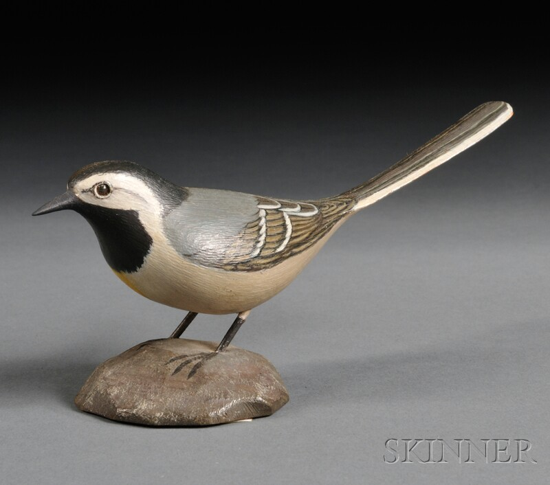 Jess Blackstone Miniature Carved and Painted Double Wagtail Figure