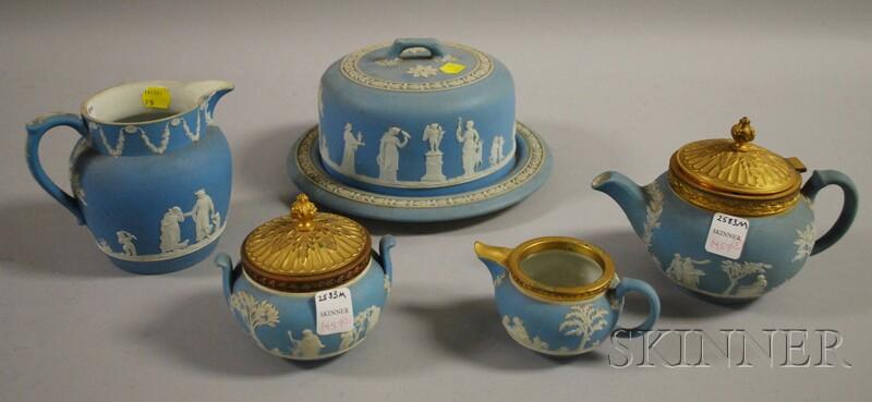 Five Pieces of Wedgwood Light Blue Jasper Dip Tableware