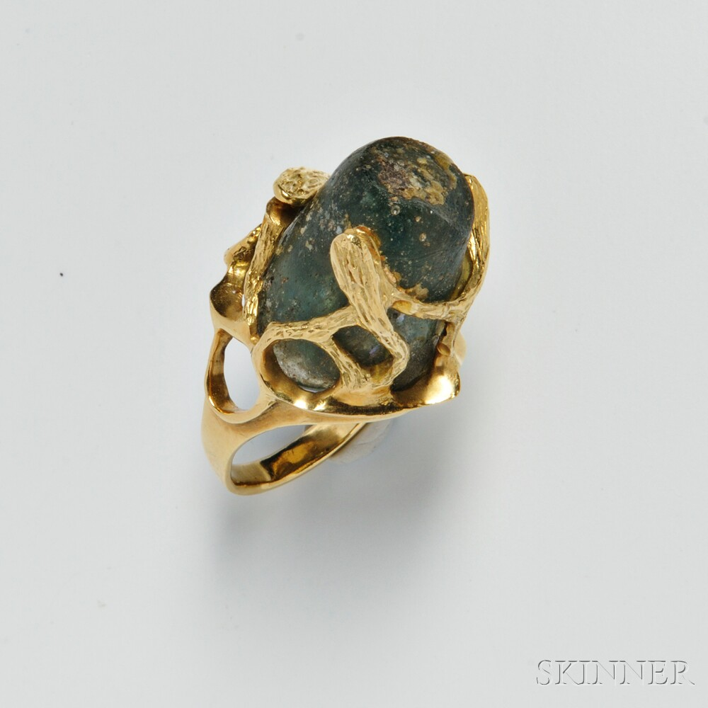 18kt Gold and Roman Glass Ring