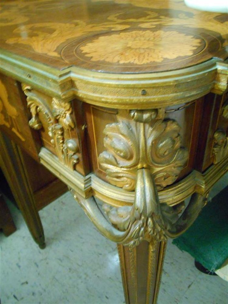 Louis XVI-style Gilt-bronze Fruitwood Marquetry Table
