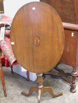 Mahogany Inlaid Tilt-top Candlestand.