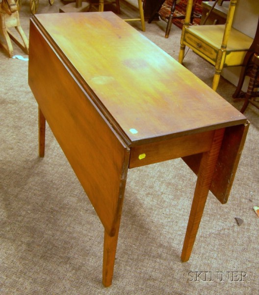 Federal Maple Drop-leaf Taper-leg Table.