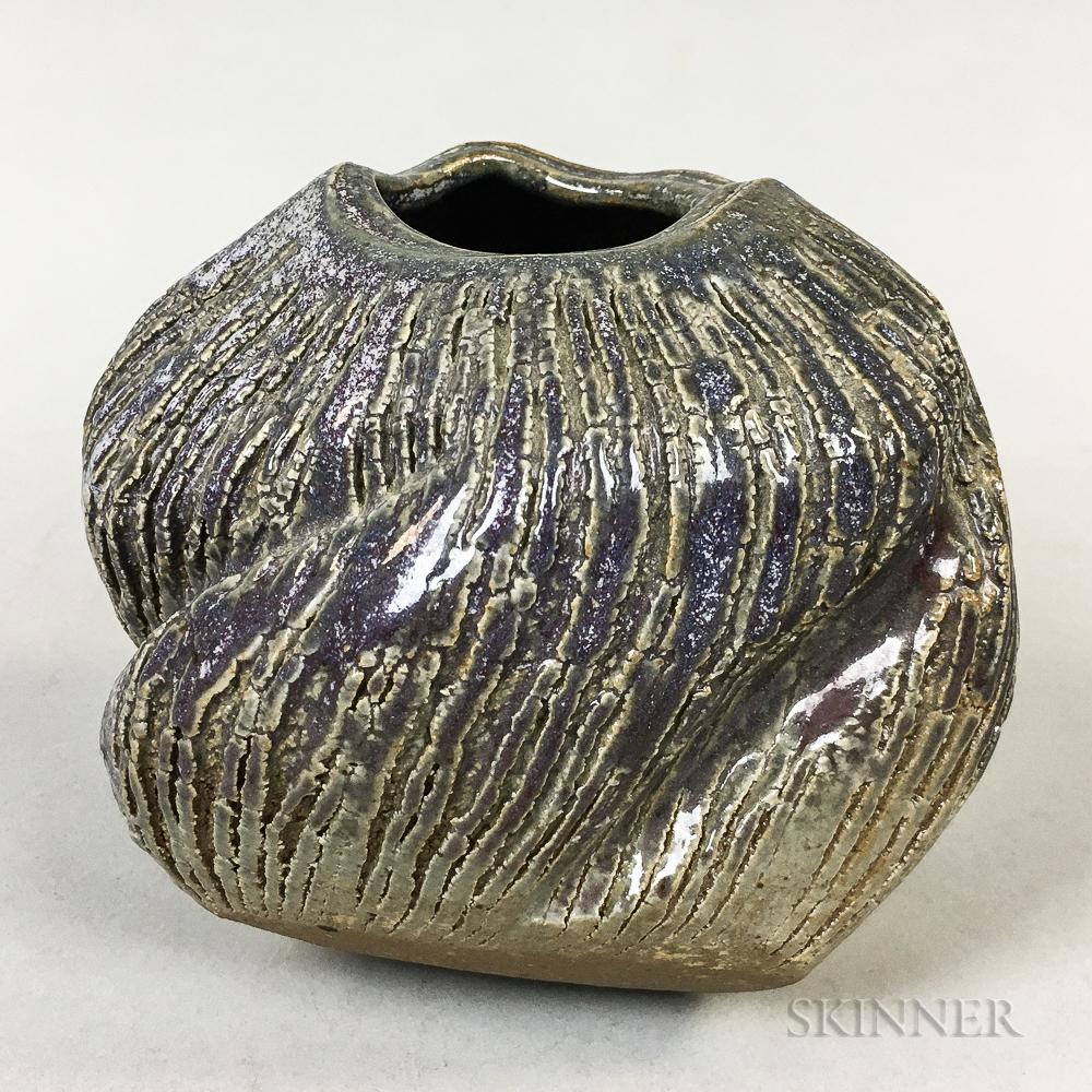 Makoto Yabe (1947-2005) Studio Pottery Vase