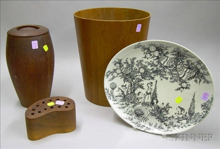 Four Assorted Mid-Century Modern Articles