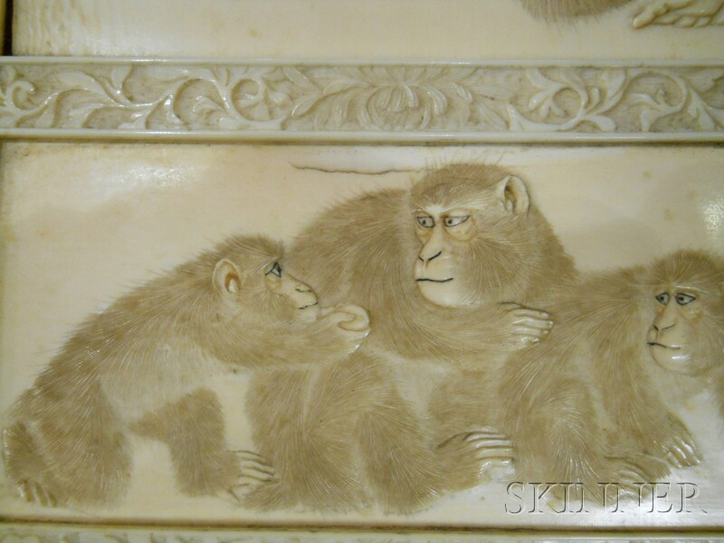 Ivory Table Screen