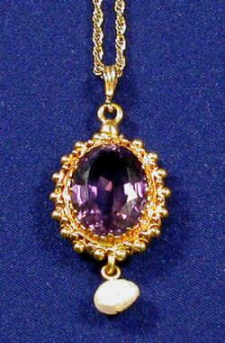 Antique 18kt Gold, Amethyst, and Freshwater Pearl Pendant Necklace