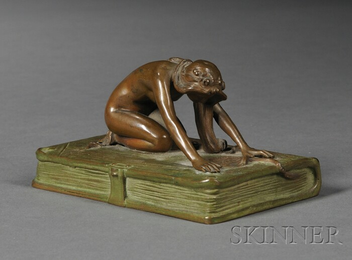 Art Nouveau Bronze Statuette of a Nude Kneeling on a Book