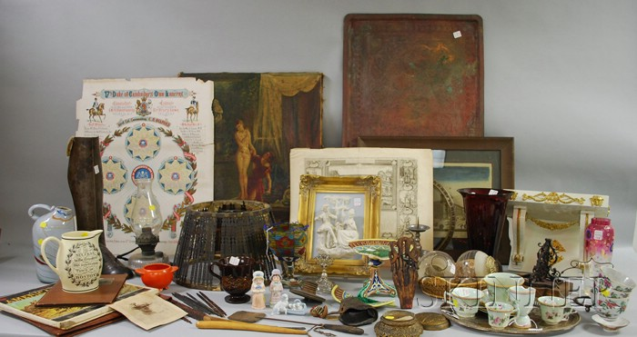 Large Lot of Miscellaneous Decorative and Collectible Items
