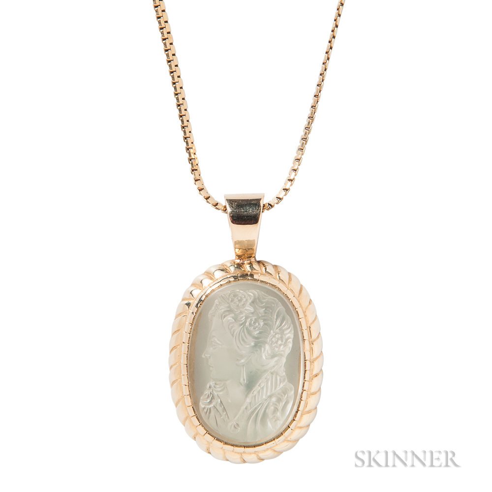 14kt Gold and Moonstone Cameo Pendant